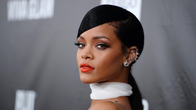 L harceleur de rihanna rel ch par la police et pr t r cidiver - Rihanna poids 2017 ...