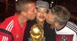 Rihanna fête le titre de l'Allemagne !
