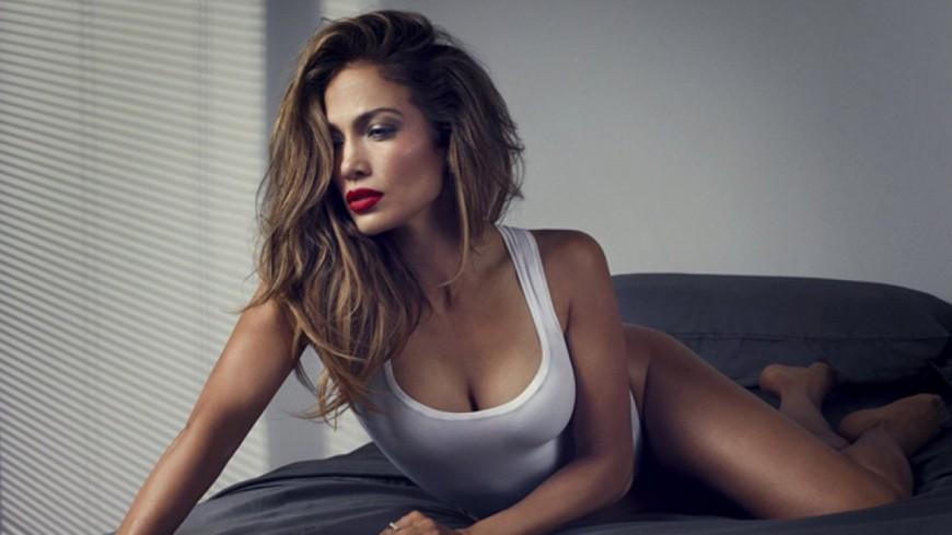 Jennifer Lopez s'exprime sur son côté cougar !