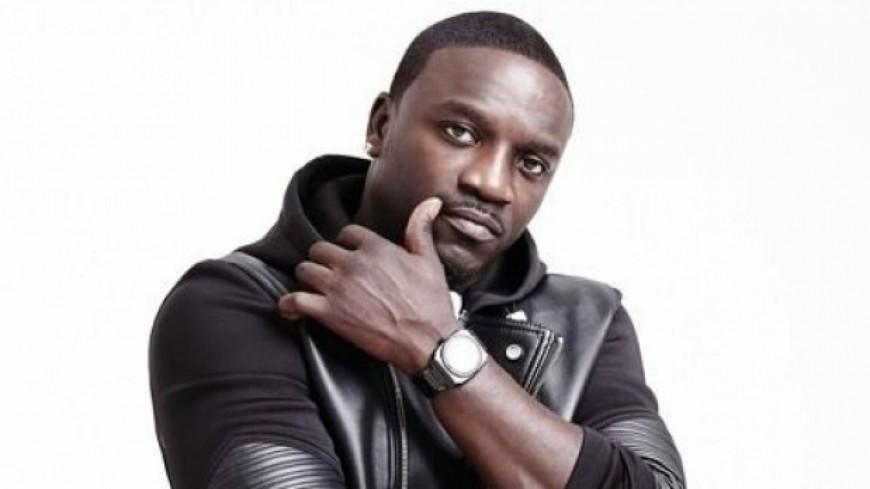 Akon investit dans le site de distribution musicale Musik Bi