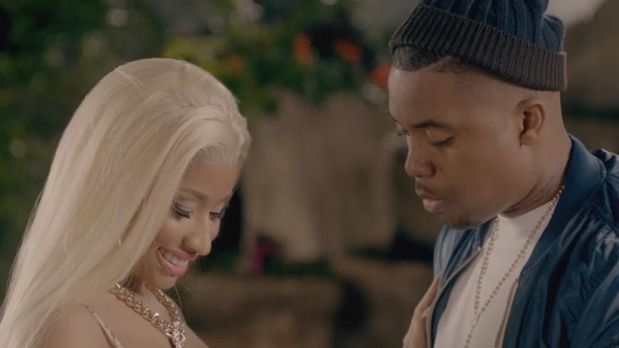 Nicki Minaj profite de son célibat avec Nas !