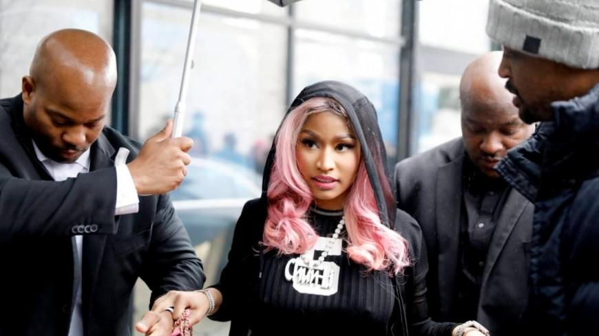 Après l'annulation de son concert elle réagit aux rumeurs — Nicki Minaj
