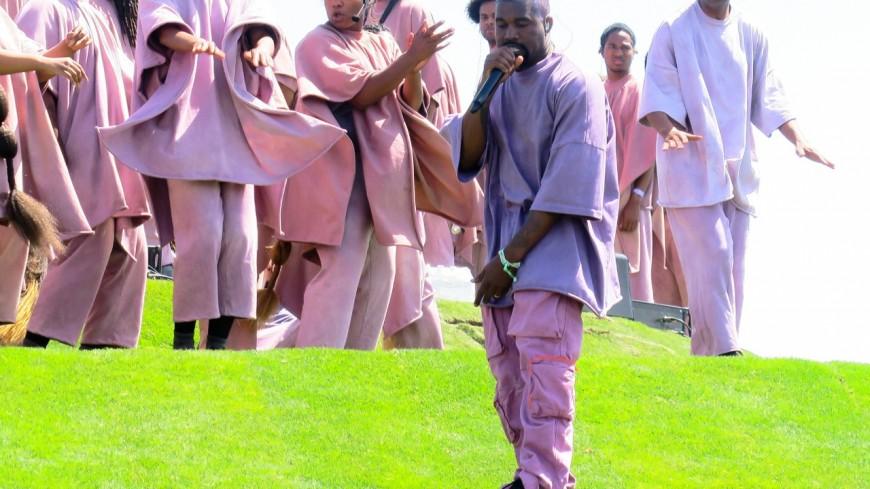 Kanye West voudrait lancer son propre mouvement religieux !