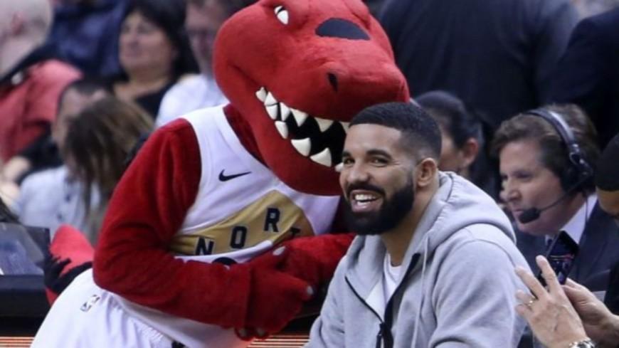 Drake : une radio de Milwaukee refuse de le jouer par solidarité pour l'équipe NBA de sa ville !