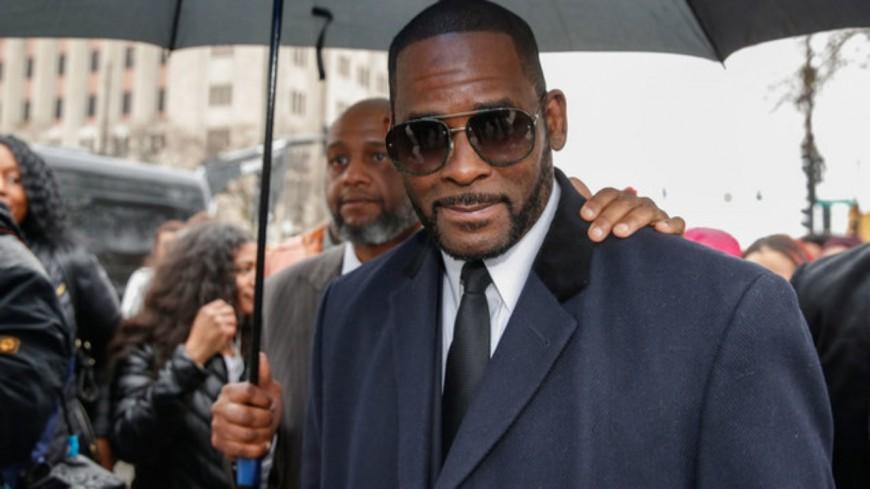 """R. Kelly est déclaré comme """"un danger public"""" !"""