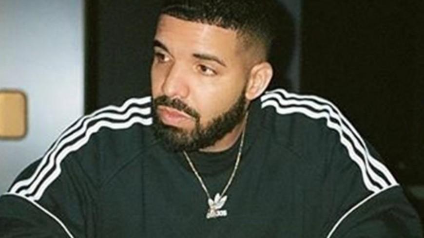 Drake fait jouer l'album de Young Thug dans un grand restaurant !