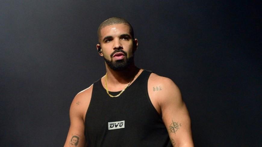 Drake clashe-t-il Kanye West avec un sweat ?