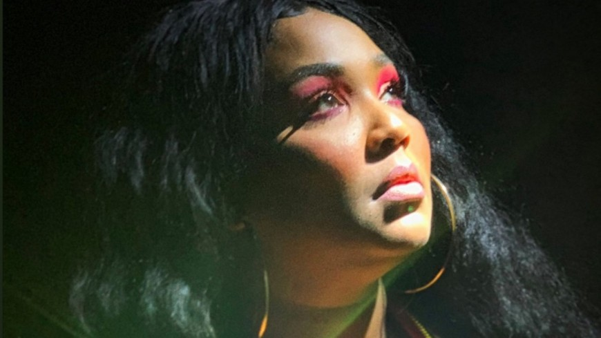 Lizzo bat un record de Lauryn Hill  et de Cardi B