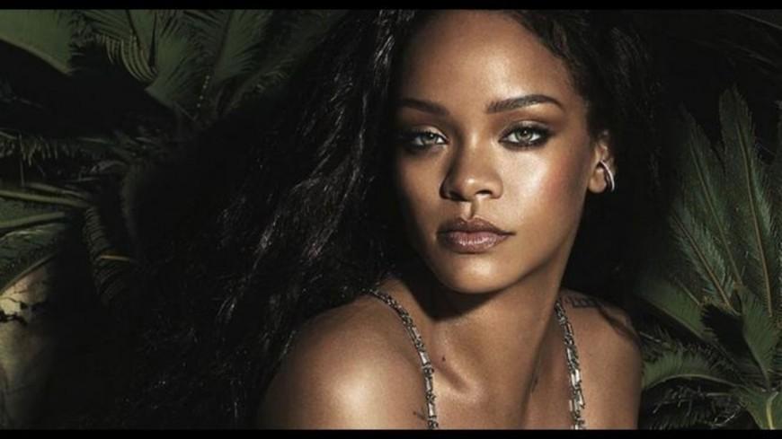 Rihanna met le feu à Instagram !