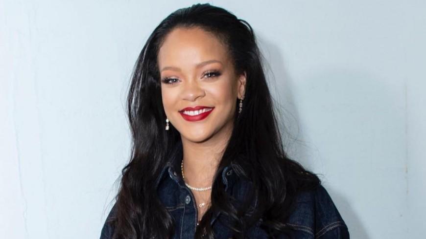 Rihanna recule encore son album !