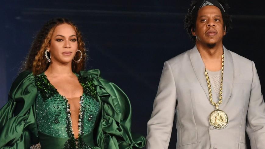 Jay-Z explique enfin pourquoi Beyoncé et lui ne se sont pas levés au Super Bowl !