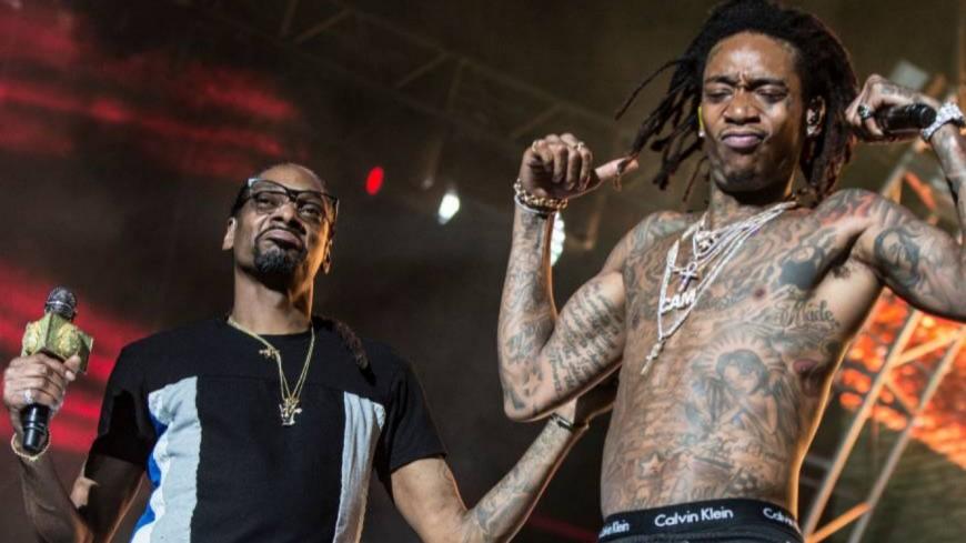 Snoop Dogg, Wiz Khalifa, Juicy J, Russ s'affrontent dans le #KushUpChallenge