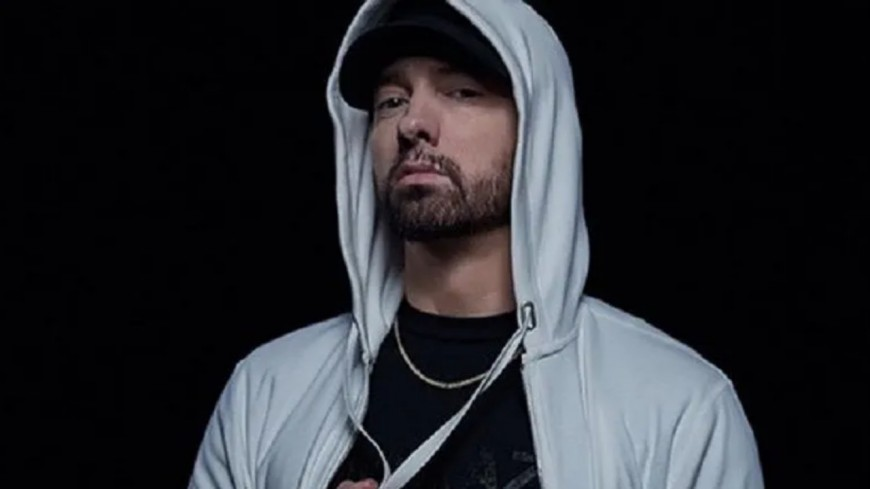 Eminem détruit MGK et Joe Budden