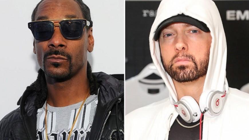 """Snoop Dogg affirme que """"tout va bien"""" avec Eminem !"""