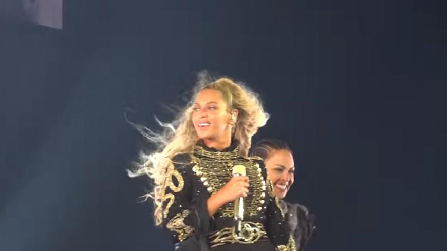 Beyoncé complice d'une demande en mariage sur scène !