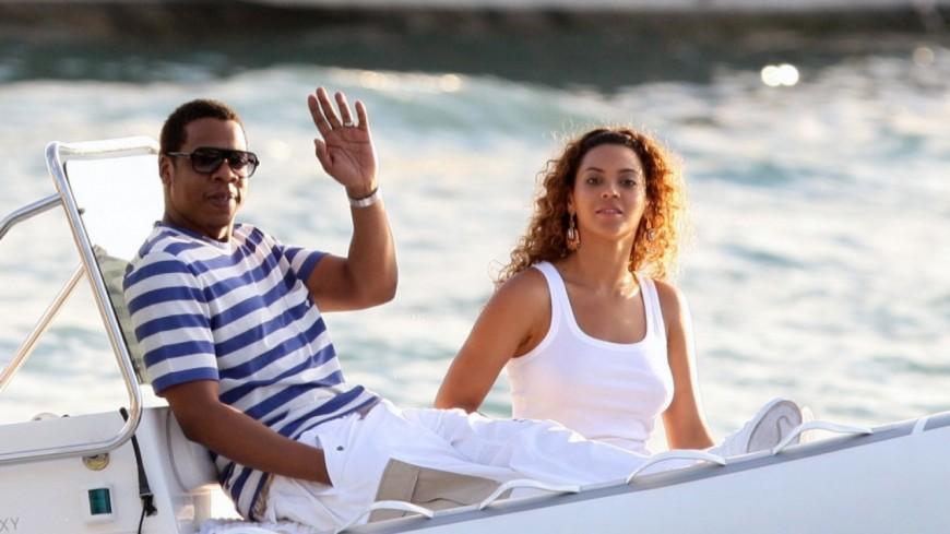 Jay-Z et Beyonce montent à bord d'un yacht de 180 millions de dollars !