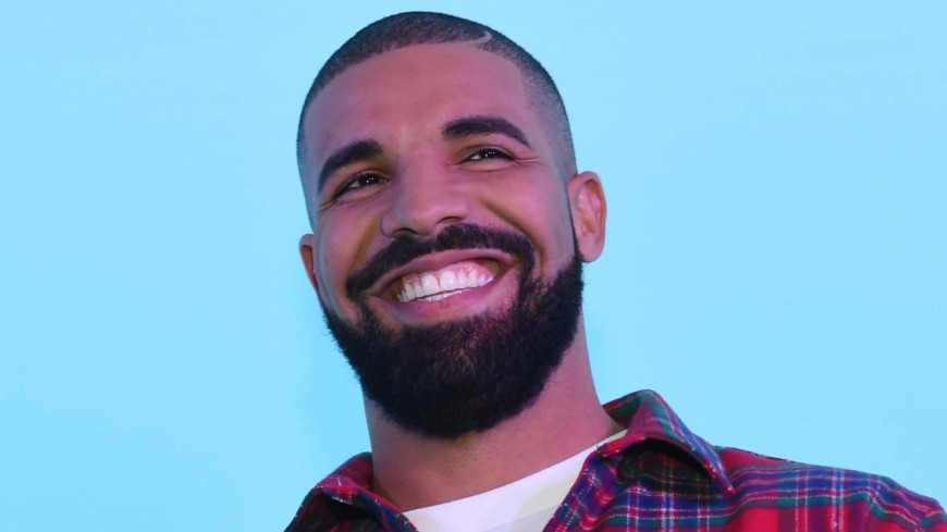 Le très beau geste de Drake envers une étudiante !