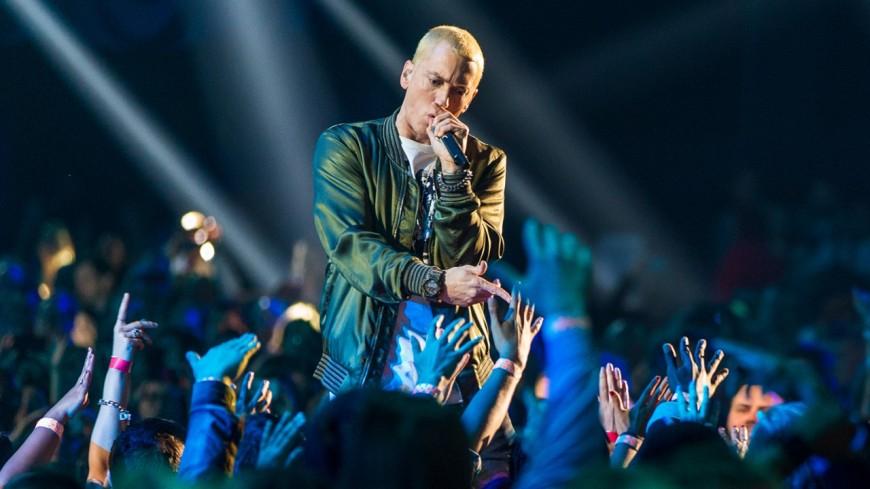 Fake annonce : l'album d'Eminem ne serait pas terminé ?!