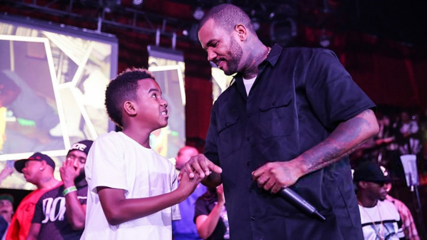 Quand The Game (re) tape la pose sur une photo pour l'anniversaire de son fils !