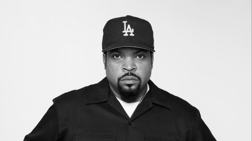 Ice Cube obtient son étoile sur le Hollywood Walk Of Fame !