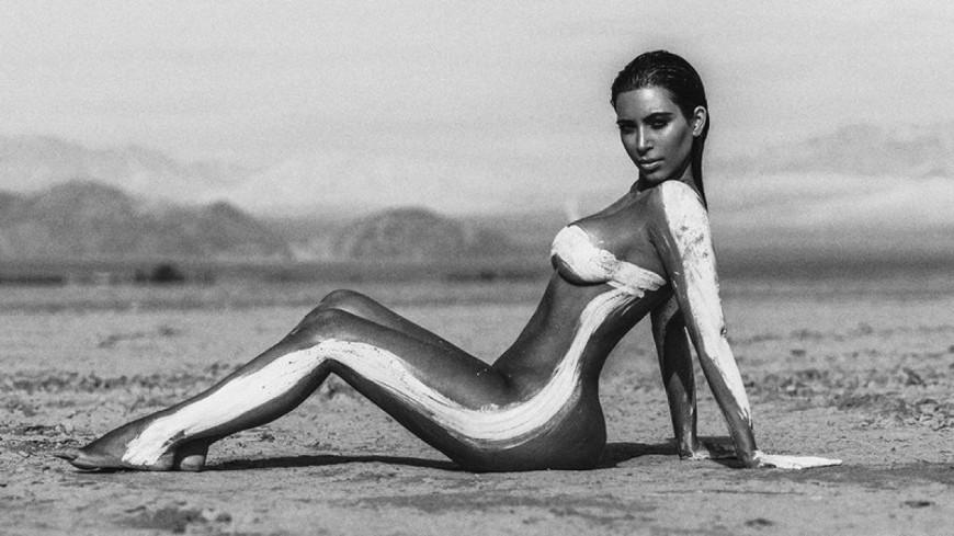 ''Kimoji'', le compte insta ultra sexy de Kim Kardashian