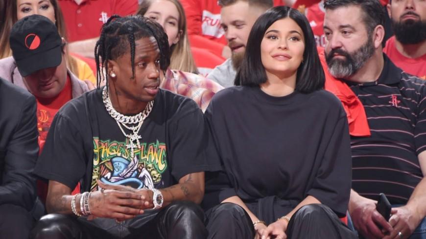 Quand Kylie Jenner et Travis Scott se retrouvent en une de Forbes !