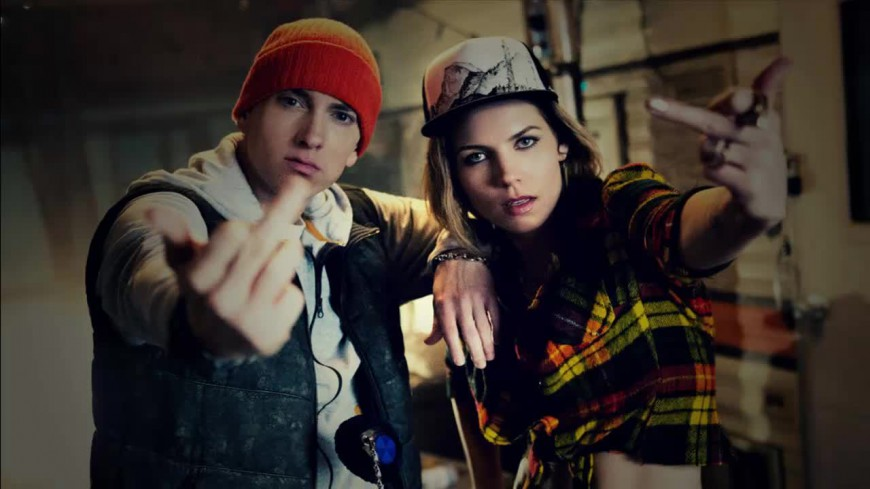 Eminem tuerait pour Skylar Grey dans ''Kill For You''