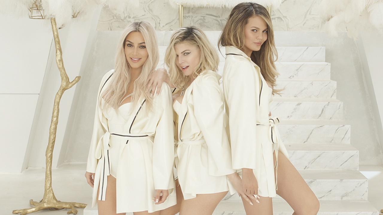 Fergie en mode ''M.I.L.F. $'' avec Kim Kardashian & Ciara