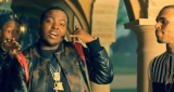 Sean Kingston ft Chris Brown & Wiz Khalifa - Beat It (Official Video)