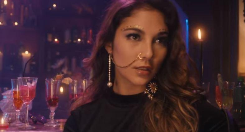 Chilla rappe la revanche amoureuse dans son nouveau clip ''Mira'' !