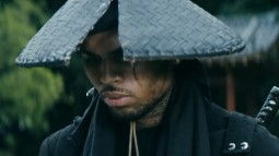 Chris Brown ft Kendrick Lamar - Autumn Leaves (Official Video)