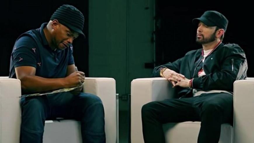 Eminem répond à Machine Gun Kelly dans une interview sur ''Kamikaze'' !