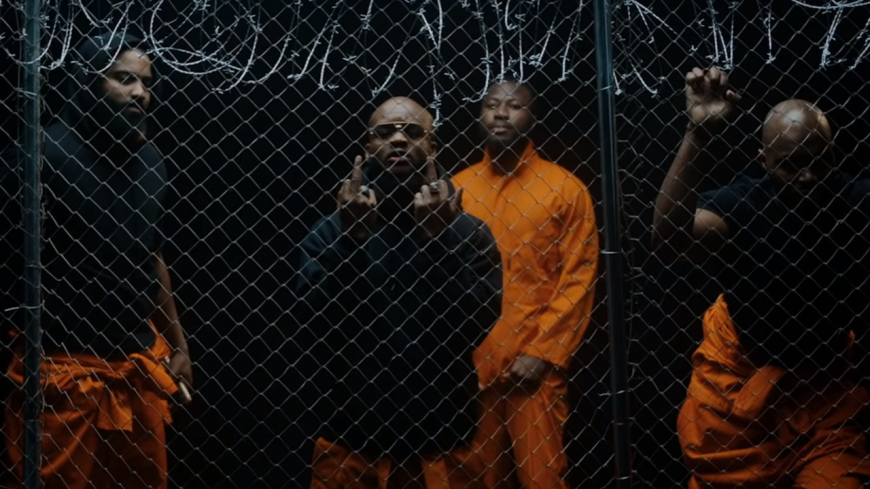 """Dosseh dévoile la sortie de """"VIDALO$$A 4.5"""" avec un nouveau clip !"""