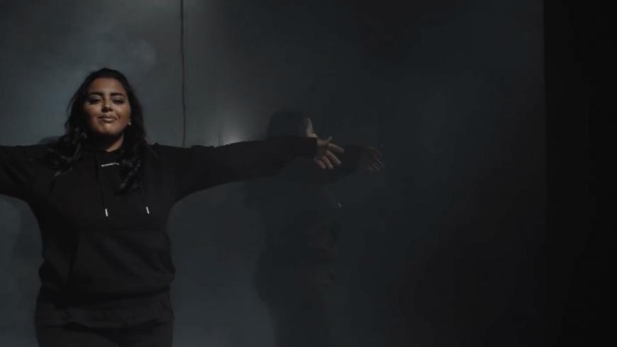 """Marwa Loud continue de teaser son nouvel album avec """"Bah Ouais"""" !"""