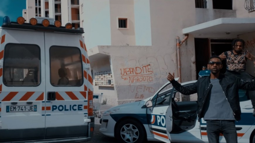 La Guirri Mafia ''Fait Danser les Schmits''!