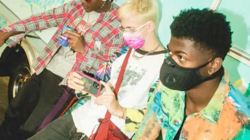 """Internet Money dévoile le remix de """"Lemonade"""" avec Roddy Ricch et Don Toliver"""