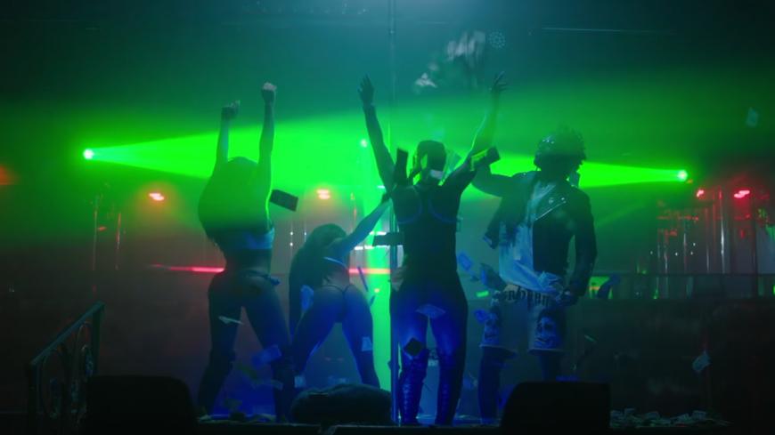 "SAINt JHN envoie ""Smack DVD"" ft. Kanye West"