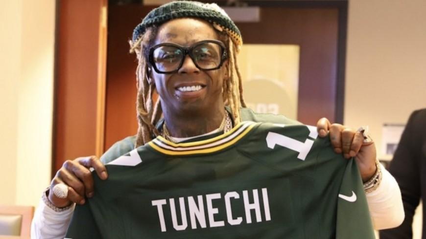 "Lil Wayne reprend Wiz Khalifa dans ""Green and Yellow"""