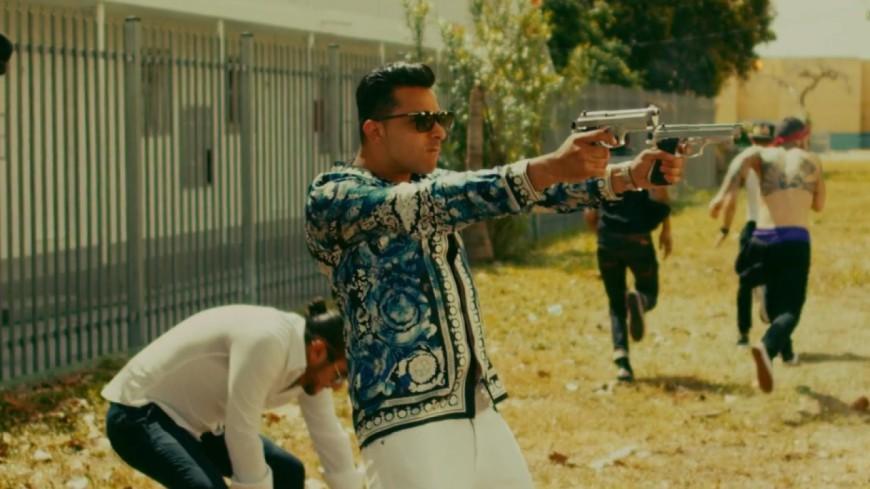 L'Algérino se la joue mafieux dans son nouveau clip ''Banderas''