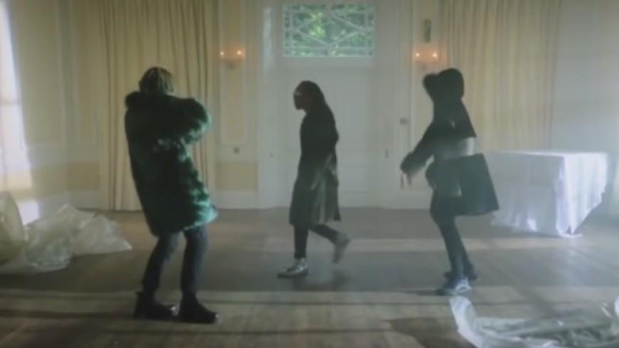 Migos dans un hôtel particulier en Europe pour le clip de ''Cocoon''