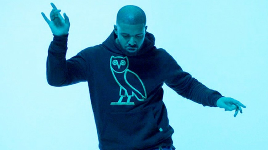 Drake signe un gros contrat avec Warner !