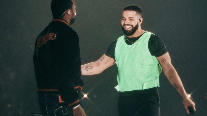 Drake & Meek Mill renouent sur scène et...au ping-pong !