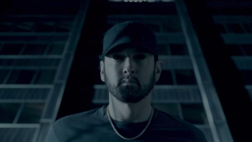 Eminem règle ses comptes dans ''Fall'' !
