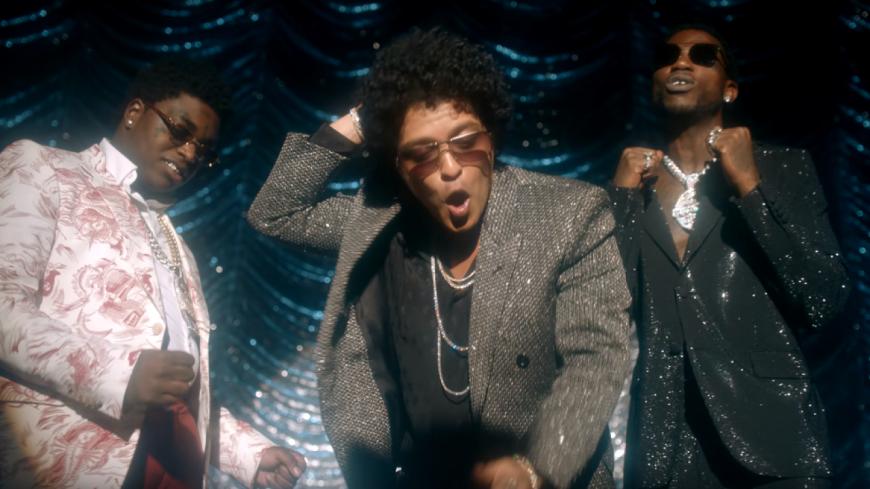 """Gucci Mane, Bruno Mars et Kodak Black révèlent le sublime clip de """"Wake Up in The Sky''"""