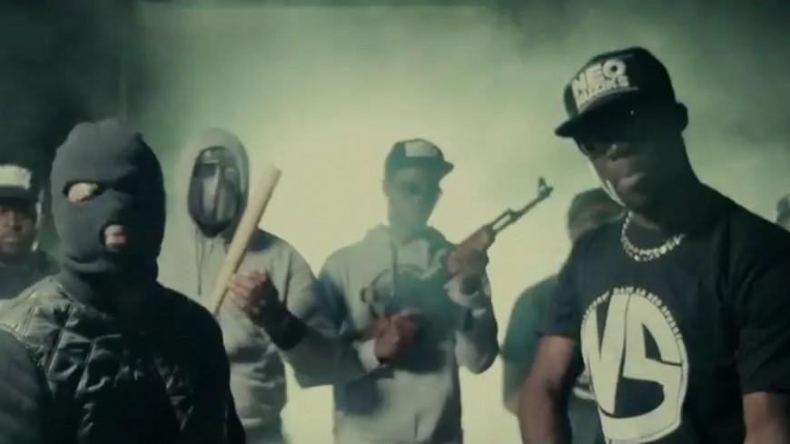 Juicy P ft Siboy - Mollo (Clip Officiel)