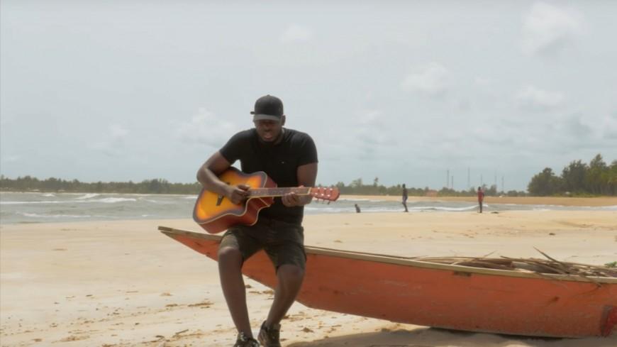 KeBlack compte ''L'Histoire d'une Guitare'' !