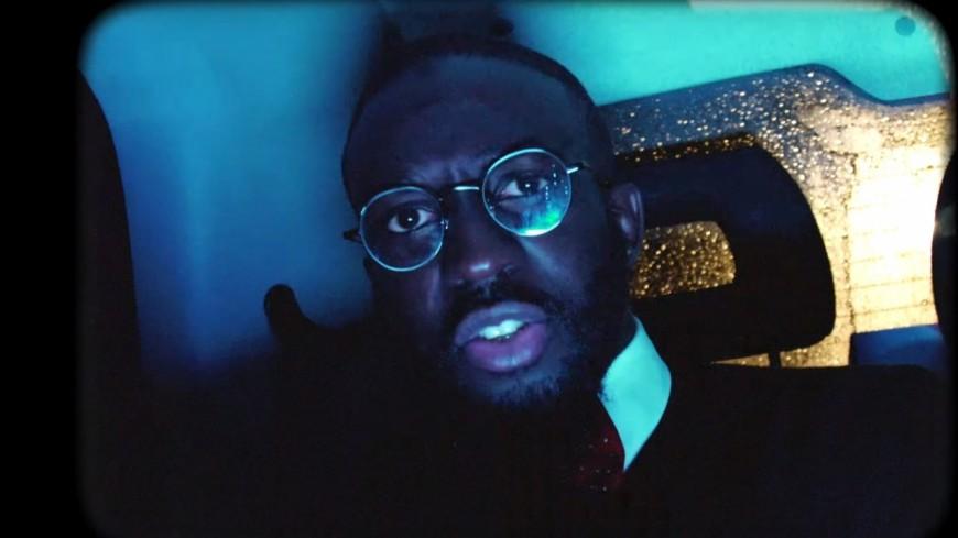 Kennycontinue sa série de freestyles avec ''Bip''!