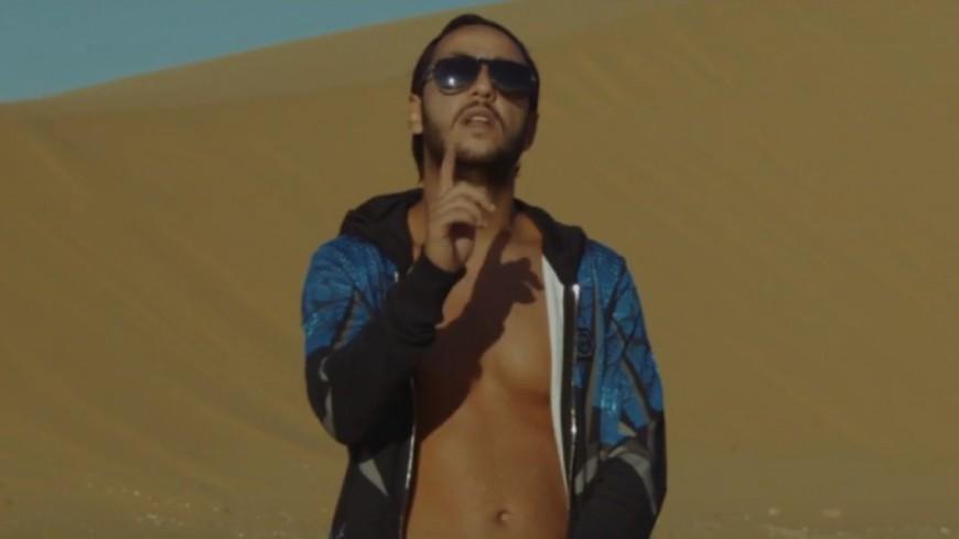 Lacrim dans le désert pour son nouveau clip ''On Se Reverra''