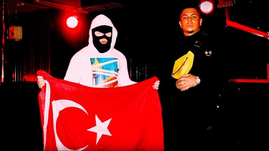 Le représentant de la Trap Allemande et Kalash Criminel collaborent sur un violent morceau !