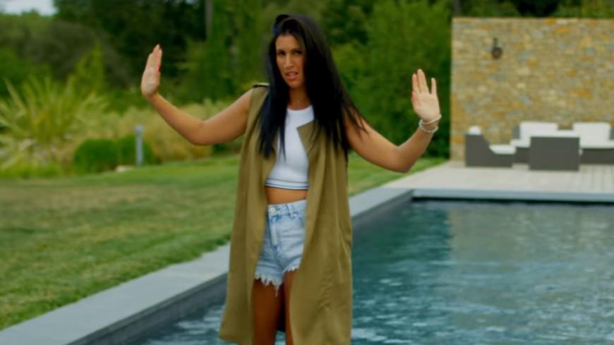 Lyna Mahyem submergée par son amour ''Tsunami''